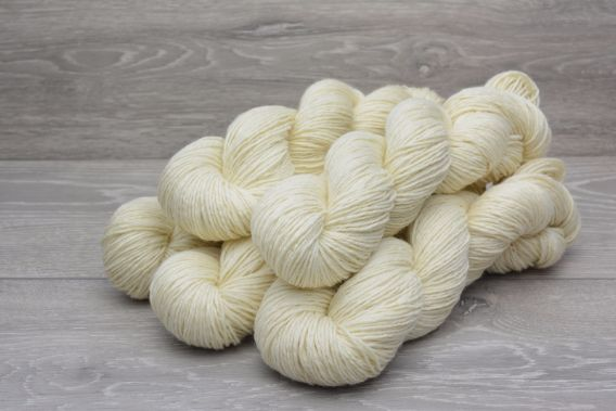 DK Superwash Polwarth Wool Yarn 5 x 100gm Pack