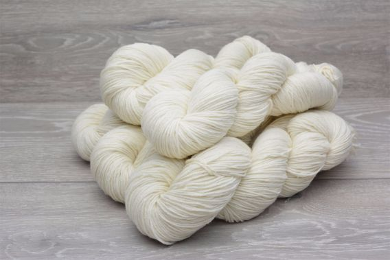 4ply Sustainable Extrafine (19.5 micron) Merino Wool Yarn 5 x 100gm Pack